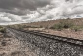 Line of Railroad Tracks in Desert — Stock Photo