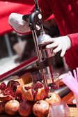Making Pomegranate Juice in Turkey — Stock Photo
