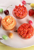 Tasty cupcakes on table, close up — Stock Photo