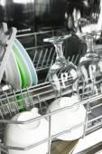 Otevřené myčka nádobí — Stock fotografie