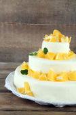Wedding cake with oranges — Stock Photo
