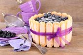 Tasty cake Charlotte with blueberries — Stock Photo