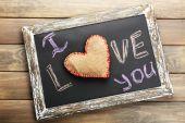 I love you written on chalkboard, close-up — Stock Photo