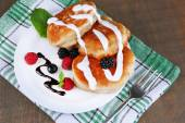 Tasty pancakes with berries — Stock Photo