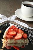Bit av jordgubbe tårta — Stockfoto