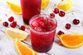 Fresh cold cherry cocktail — Stock Photo