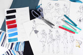 Sketches of clothes and fabric samples — Foto Stock