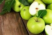 Ripe green apples — Stock Photo