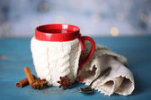 Cup of tasty hot tea — Stock Photo