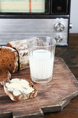 Rye bread and glass of milk — Stock Photo