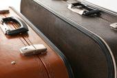 Starodawny stary podróż walizki, z bliska — Zdjęcie stockowe