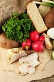 Bacon, fresh vegetables, boiled egg — Stock Photo