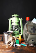 Emergency preparation equipment — Stock Photo