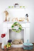 Fireplace with beautiful decorations — Zdjęcie stockowe