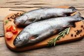 Fresh raw fish and food ingredients — Photo