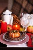 Festive autumn serving table — Stock Photo