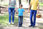 Happy family in park — Stock Photo