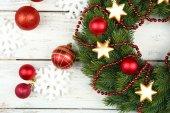 Green Christmas wreath — Stock Photo