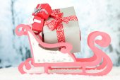 Toy sledge with Christmas gifts — Stok fotoğraf
