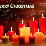 las velas encendidas sobre fondo de madera — Foto de Stock   #60841489
