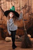 Kleines Mädchen Hexe Hut — Stockfoto