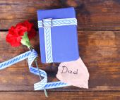 Happy Father's Day with gift box — Zdjęcie stockowe