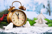 Alarm clock with Christmas decorations — Stockfoto