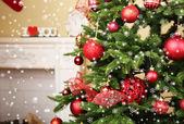 Süslü Noel ağacı — Stok fotoğraf