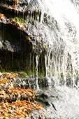 Bela cachoeira de outono — Fotografia Stock