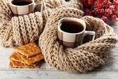 Cups of tea with cookies — ストック写真