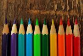 Renkli kalemler arka plan — Stok fotoğraf