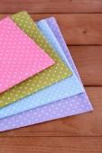 Colorful napkins on table — Zdjęcie stockowe