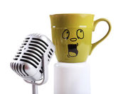 Emotional cup singing song — Stock Photo