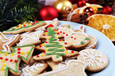 Gingerbread cookies on plate — Stock Photo