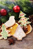 Gingerbread cookies and Christmas decoration — Stock Photo