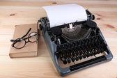 Antique Typewriter. Vintage Typewriter Machine — Stockfoto