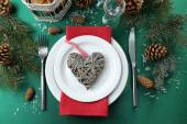 Stylish red, green and white Christmas table setting  — Fotografia Stock