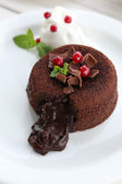 Hot chocolate pudding with fondant centre, close-up — Stock Photo