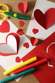 Post cards with paper hearts — Stockfoto