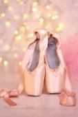 Ballet pointe shoes — ストック写真