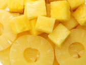 Canned slices pineapple, macro view — Stock Photo