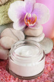 Spa treatments and cream with  orchid flower extract, close-up — Foto de Stock