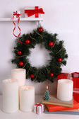 Christmas wreath and candles — Stock Photo
