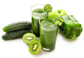 Green fresh healthy juice with fruits and vegetables isolated on white background — Stock Photo