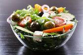 Greek salad in glass dish — Foto Stock