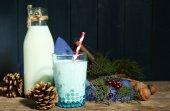 Fresh milk with natural decor — Stock Photo