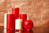 Горящие свечи для Дня святого Валентина, свадеб, событий, включающих любовь. — Стоковое фото