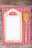 Cutting board with menu paper — Stock Photo