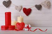 キャンドルでロマンチックなギフト — ストック写真