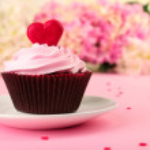 Cupcake for Valentine Day — Stock Photo #64798823